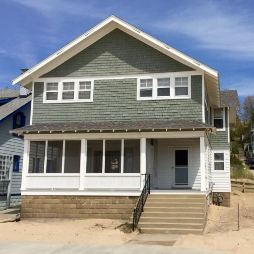 Holland Beach House Rentals: Macatawa, Michigan